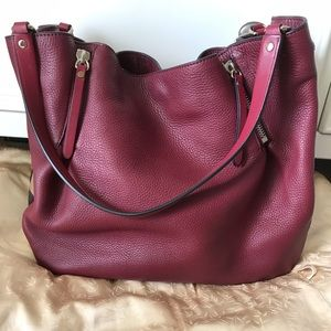 Burberry wine handbag
